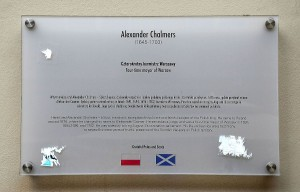 Plaque on the house of Alexander Chalmers in Warsaw. Wikipedia.